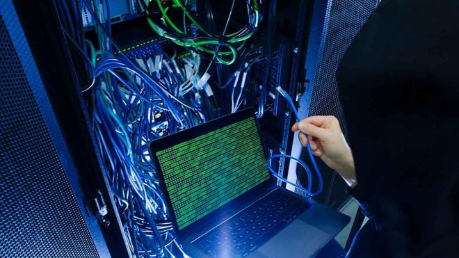 Phát hiện lỗ hổng nghiêm trọng trong rConfig, tiện ích đang được hơn 3 triệu thiết bị hệ thống mạng sử dụng - Ảnh 2.