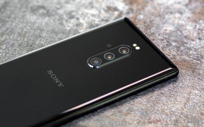 Chiếc smartphone 6 camera mang niềm hy vọng hồi sinh Sony trong lĩnh vực nhiếp ảnh di động giờ coi như đã chết trong trứng nước - Ảnh 4.