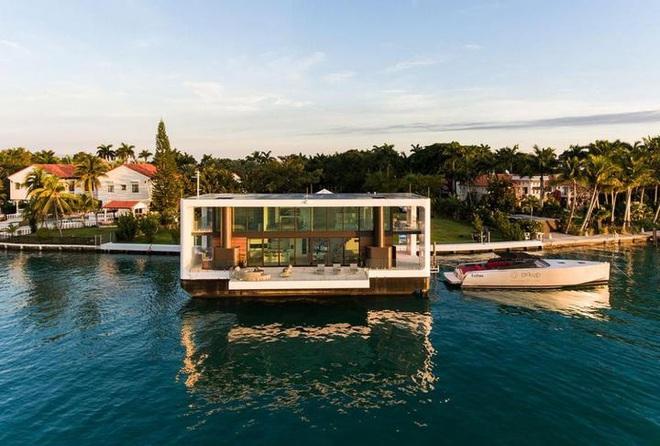 Ngắm biệt thự siêu sang dưới thân hình một du thuyền trên biển có giá lên tới 5,5 triệu USD - Ảnh 4.