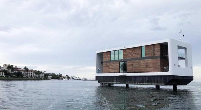 Ngắm biệt thự siêu sang dưới thân hình một du thuyền trên biển có giá lên tới 5,5 triệu USD - Ảnh 2.