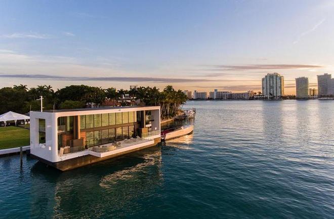 Ngắm biệt thự siêu sang dưới thân hình một du thuyền trên biển có giá lên tới 5,5 triệu USD - Ảnh 3.