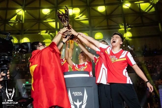 Ngày càng nhiều người trẻ Việt Nam theo đuổi con đường eSport chuyên nghiệp - Ảnh 1.