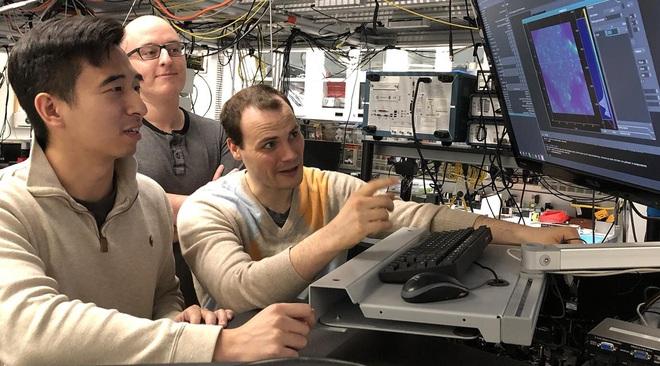 Đột phá: tạo ra được trạng thái lượng tử trong đồ điện gia dụng, đây có thể là tiền đề xây dựng Internet lượng tử - Ảnh 3.