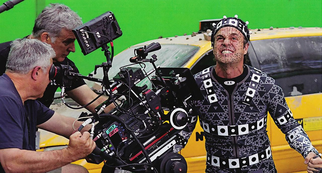 Người khổng lồ xanh Mark Ruffalo: Đóng phim siêu anh hùng nhiều lúc cũng xấu hổ lắm chứ bộ - Ảnh 2.