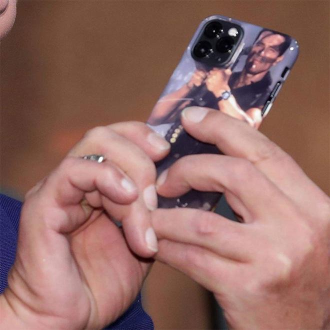 Arnold Schwarzenegger dùng ốp lưng iPhone 11 Pro bị cư dân mạng chế ảnh - Ảnh 5.