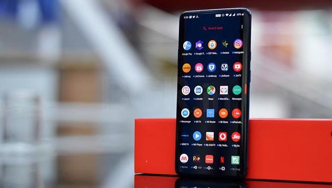 Cùng 1000 USD, cùng 2 năm tuổi, nhưng Galaxy Note 8 đã bị Samsung bỏ rơi còn iPhone X vẫn được cập nhật iOS mới nhất - Ảnh 3.