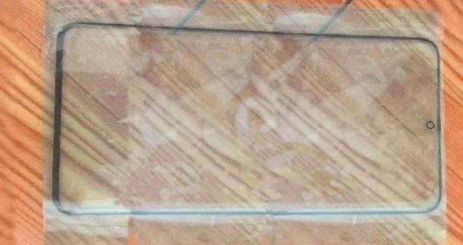 Lộ tấm bảo vệ màn hình Galaxy S11 tiết lộ viền dưới rất mỏng, camera trước như Note 10 - Ảnh 1.