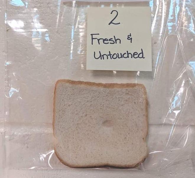 Thí nghiệm đơn giản với bánh mì tiết lộ tầm quan trọng của việc rửa tay trước khi ăn - Ảnh 3.