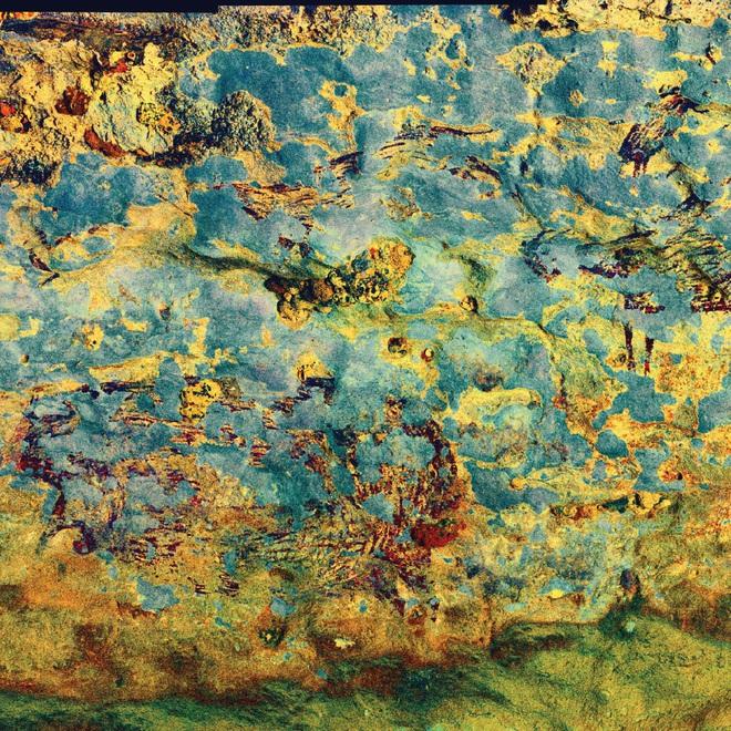 Phát hiện tác phẩm nghệ thuật lâu đời nhất thế giới trong hang động ở Indonesia - Ảnh 2.
