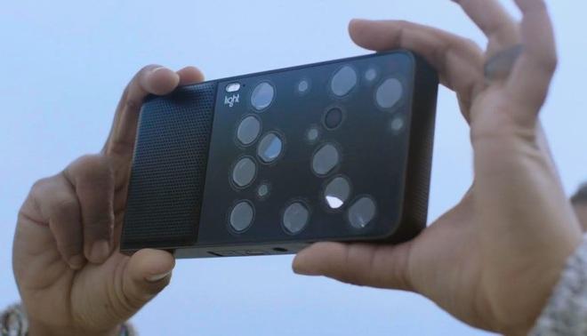 Apple từng vác cả cái bếp điện lên iPhone 11 Pro thì có gì lạ đâu khi camera của Samsung Galaxy S11+ trông như thế này - Ảnh 13.