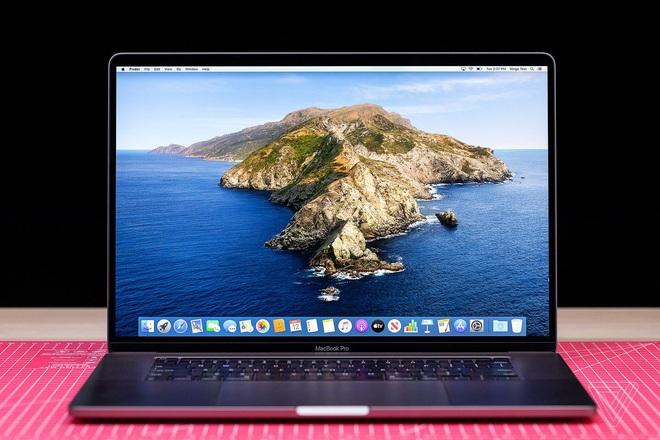 Người dùng phàn nàn vì MacBook Pro 16 inch mới bị lỗi loa và màn hình - Ảnh 1.