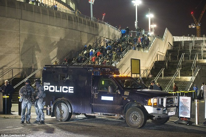 Cảnh sát đặc nhiệm chống khủng bố London được trang bị những loại vũ khí gì? - Ảnh 3.