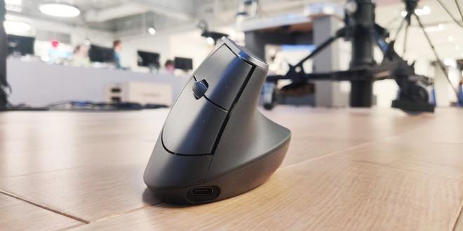 Đánh giá chuột dọc Logitech MX Vertical: Con chuột máy tính cuối cùng mà bạn cần mua - Ảnh 1.