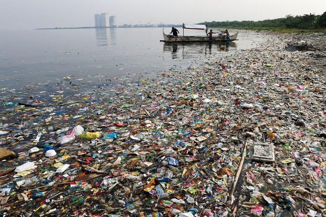 Tin tốt đầu năm mới: 5000 TNV chung tay dọn sạch 45 tấn rác để trả lại vẻ đẹp vốn có của vịnh Manila sau hàng chục năm ô nhiễm - Ảnh 3.