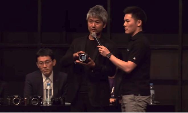 Fujifilm vừa hé lộ mẫu thiết kế máy ảnh Mirrorless mới: tháo lắp dạng module, thay báng cầm tùy theo phong cách sử dụng của mỗi người - Ảnh 2.