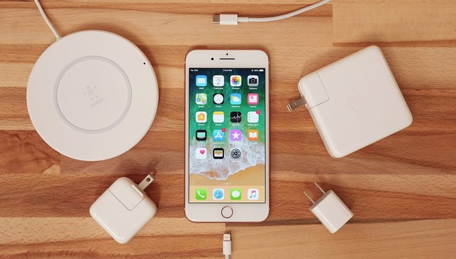 Vì sao Apple vẫn chưa mang cổng USB-C lên iPhone dù đã dùng trên iPad Pro và MacBook? - Ảnh 2.