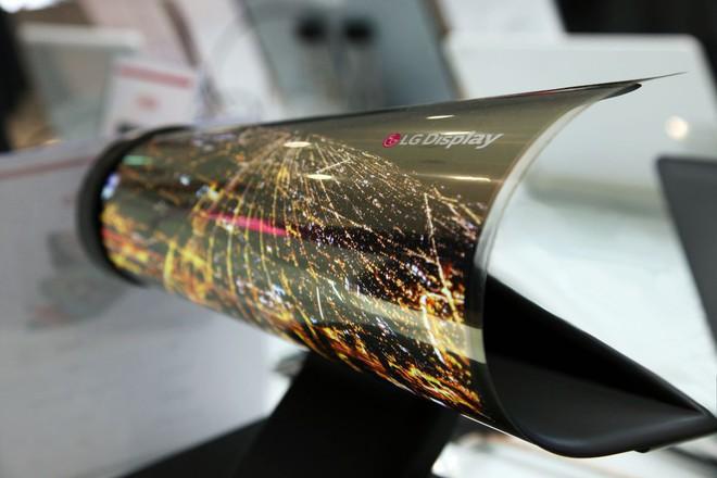 LG tuyên bố sẽ không ra mắt smartphone màn hình gập tại MWC 2019 - Ảnh 1.