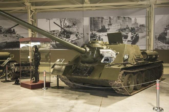 [Vietsub] Tìm hiểu về SU-100 - pháo tự hành chống tăng tốt nhất Thế chiến II mà đến giờ Việt Nam, Triều Tiên vẫn dùng - Ảnh 5.