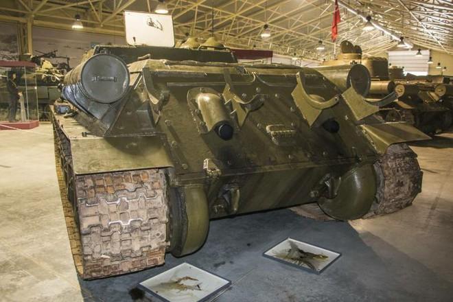 [Vietsub] Tìm hiểu về SU-100 - pháo tự hành chống tăng tốt nhất Thế chiến II mà đến giờ Việt Nam, Triều Tiên vẫn dùng - Ảnh 12.