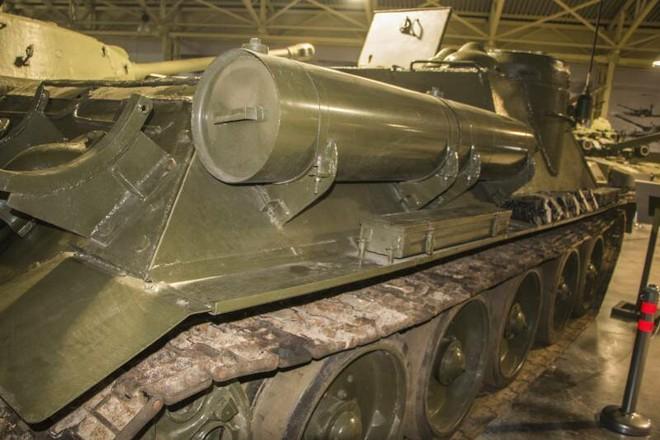 [Vietsub] Tìm hiểu về SU-100 - pháo tự hành chống tăng tốt nhất Thế chiến II mà đến giờ Việt Nam, Triều Tiên vẫn dùng - Ảnh 8.