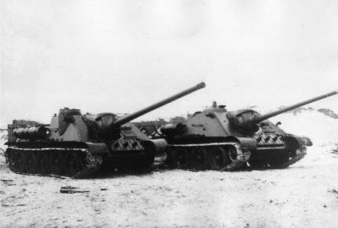 [Vietsub] Tìm hiểu về SU-100 - pháo tự hành chống tăng tốt nhất Thế chiến II mà đến giờ Việt Nam, Triều Tiên vẫn dùng - Ảnh 4.