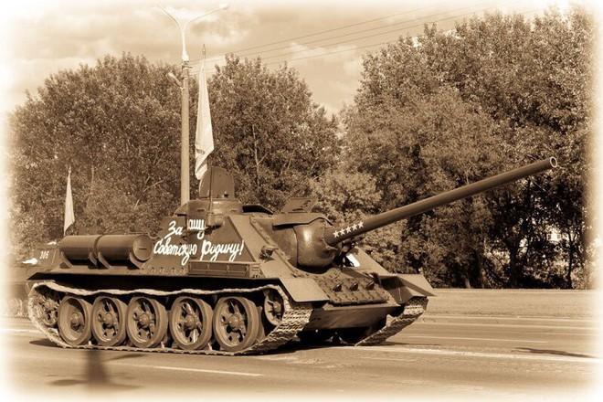 [Vietsub] Tìm hiểu về SU-100 - pháo tự hành chống tăng tốt nhất Thế chiến II mà đến giờ Việt Nam, Triều Tiên vẫn dùng - Ảnh 6.