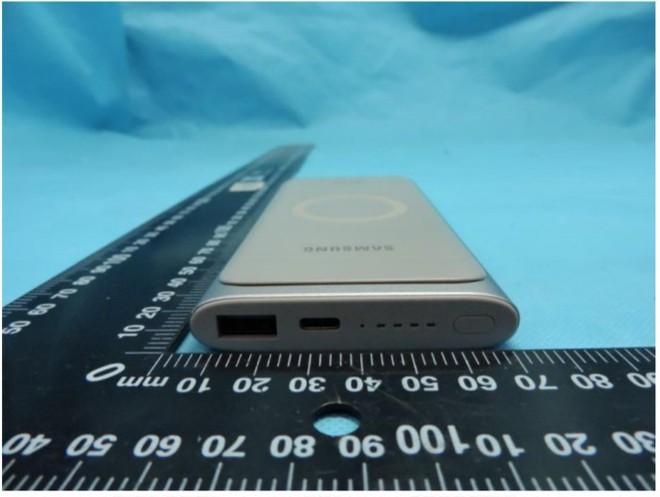 Sạc dự phòng không dây của Samsung lộ diện, dung lượng 10.000mAh, ra mắt cùng Galaxy S10 - Ảnh 3.