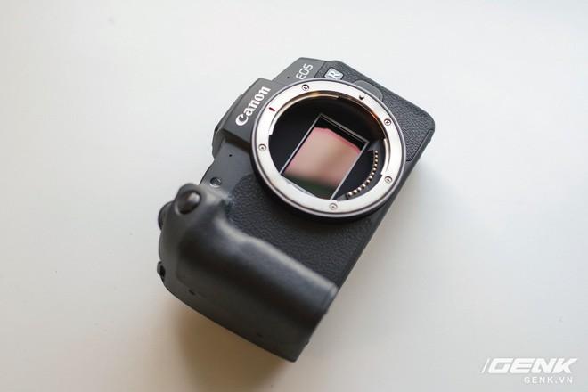 Canon chính thức ra mắt EOS RP: cảm biến full-frame, kích thước nhỏ gọn, giá 38 triệu đồng - Ảnh 8.