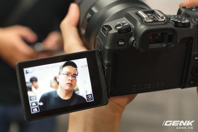 Canon chính thức ra mắt EOS RP: cảm biến full-frame, kích thước nhỏ gọn, giá 38 triệu đồng - Ảnh 10.