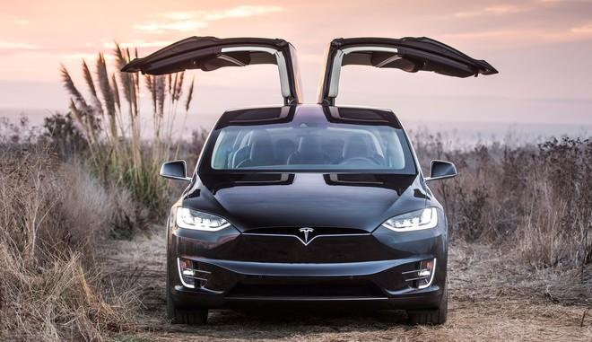 Elon Musk tuyên bố cuối năm 2020 xe Tesla sẽ có thể hoàn toàn tự lái - Ảnh 2.
