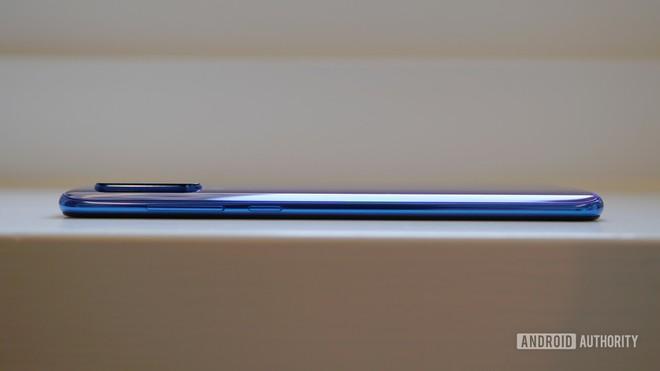Cận cảnh Xiaomi Mi 9: Smartphone có thiết kế tốt nhất của Xiaomi - Ảnh 5.