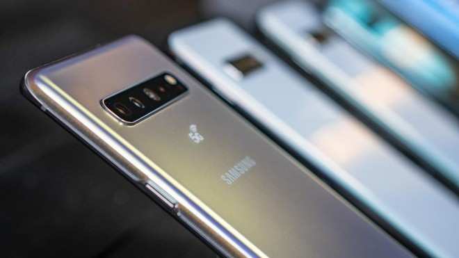 Giải ngố những tính năng thú vị của màn hình Galaxy S10: Dynamic AMOLED, HDR10+ và nhiều thứ khác - Ảnh 1.