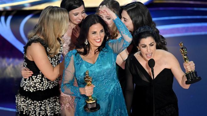 Nhất định phải xem phim tài liệu đề tài kinh nguyệt vừa thắng Oscar 2019! - Ảnh 4.
