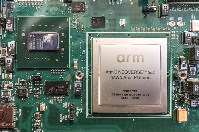 Cha đẻ Linux: Các bộ xử lý ARM không có cửa khi tiến vào thị trường máy chủ - Ảnh 1.