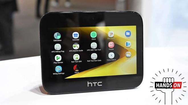 [MWC 2019] HTC làm điện thoại thì đã quá nhàm nhưng với cục phát 5G thì lại khác: cực kỳ sáng tạo - Ảnh 1.
