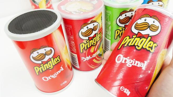 Trên tay loa bluetooth trong hộp khoai tây Pringles: Chỉ được cái đáng yêu, chớ mong đợi gì nhiều - Ảnh 1.