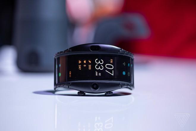 [MWC 2019] Nubia ra mắt smartphone màn hình gập có thể biến thành smartwatch, giá từ 12 triệu đồng - Ảnh 5.