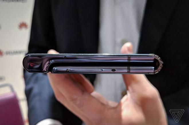 Toàn cảnh thị trường smartphone màn hình gập: cảm tưởng như những kỷ niệm năm 2010 lại ùa về - Ảnh 2.