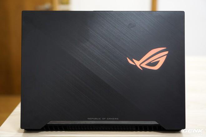 Cận cảnh laptop Asus ROG Strix SCAR II GL504: giá 48 triệu cho Core i7, RTX 2060 - Ảnh 14.