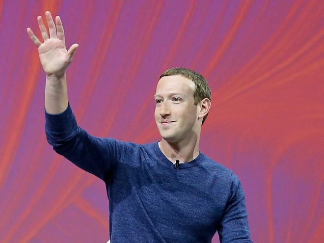 Facebook tròn 15 tuổi vào hôm nay, hãy cùng nhìn lại hành trình từ phòng ký túc xá Harvard cho đến rắc rối hiện tại của mạng xã hội này - Ảnh 2.