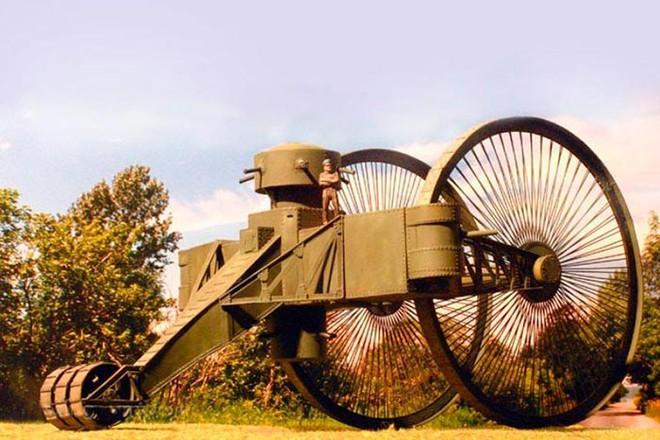 [Vietsub] Tìm hiểu về chiếc xe tăng Sa Hoàng độc nhất vô nhị trong thế chiến I: cao 9 m, nặng 40 tấn nhưng chỉ là món đồ chơi phóng to - Ảnh 8.