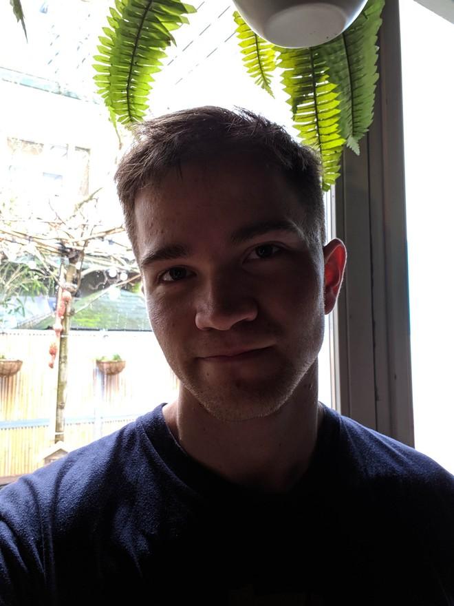 Ảnh chụp bằng Google Camera trên Galaxy S10+ đẹp hơn chụp bằng camera gốc ra sao? - Ảnh 11.