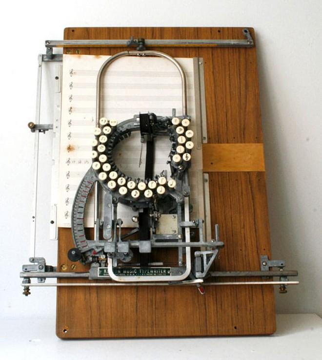 Có thể bạn chưa biết: Đây là máy đánh nốt nhạc từ những năm 1950s - Ảnh 3.