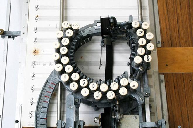 Có thể bạn chưa biết: Đây là máy đánh nốt nhạc từ những năm 1950s - Ảnh 4.