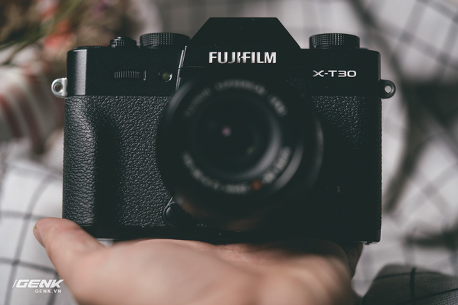 Đánh giá chi tiết máy ảnh không gương lật Fujifilm X-T30 - Đi tìm thứ ma thuật Fuji mà mọi người vẫn thường nói - Ảnh 8.