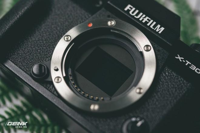 Đánh giá chi tiết máy ảnh không gương lật Fujifilm X-T30 - Đi tìm thứ ma thuật Fuji mà mọi người vẫn thường nói - Ảnh 19.