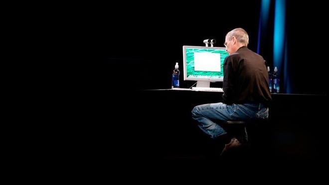 Chuyên gia nhận định sai lầm trong chiến lược kinh doanh của Steve Jobs, đã đến lúc CEO Tim Cook phải sửa sai - Ảnh 1.