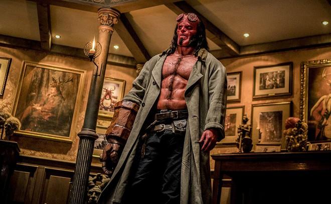 Mời bạn xem trailer đầy hứa hẹn của Hellboy, chàng quỷ đỏ khó tính nhưng dễ mến - Ảnh 1.