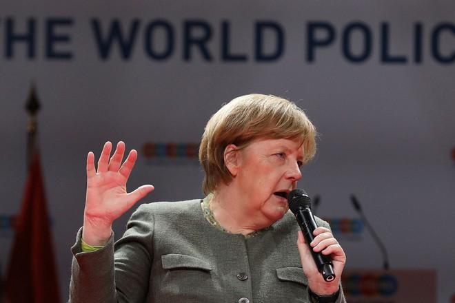 Thủ tướng Đức Angela Merkel bất ngờ bênh vực Huawei trước sức ép rất lớn từ phía Mỹ - Ảnh 1.