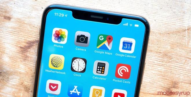 iPhone 2020 sẽ loại bỏ hoàn toàn tai thỏ, chỉ dùng màn hình OLED, có cảm biến vân tay dưới màn hình - Ảnh 1.